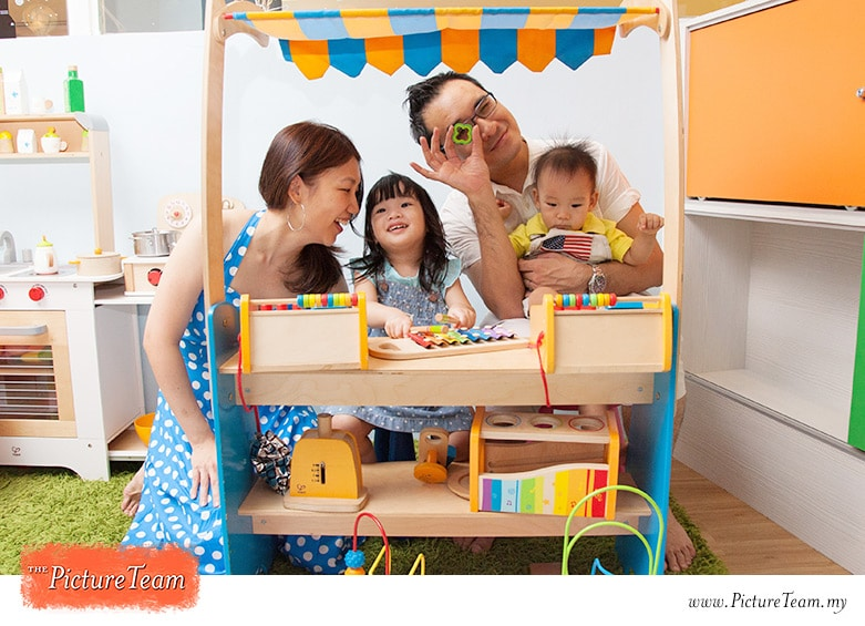 Hire a kuala lumpur event photographer picture team for 1 year birthday decorations